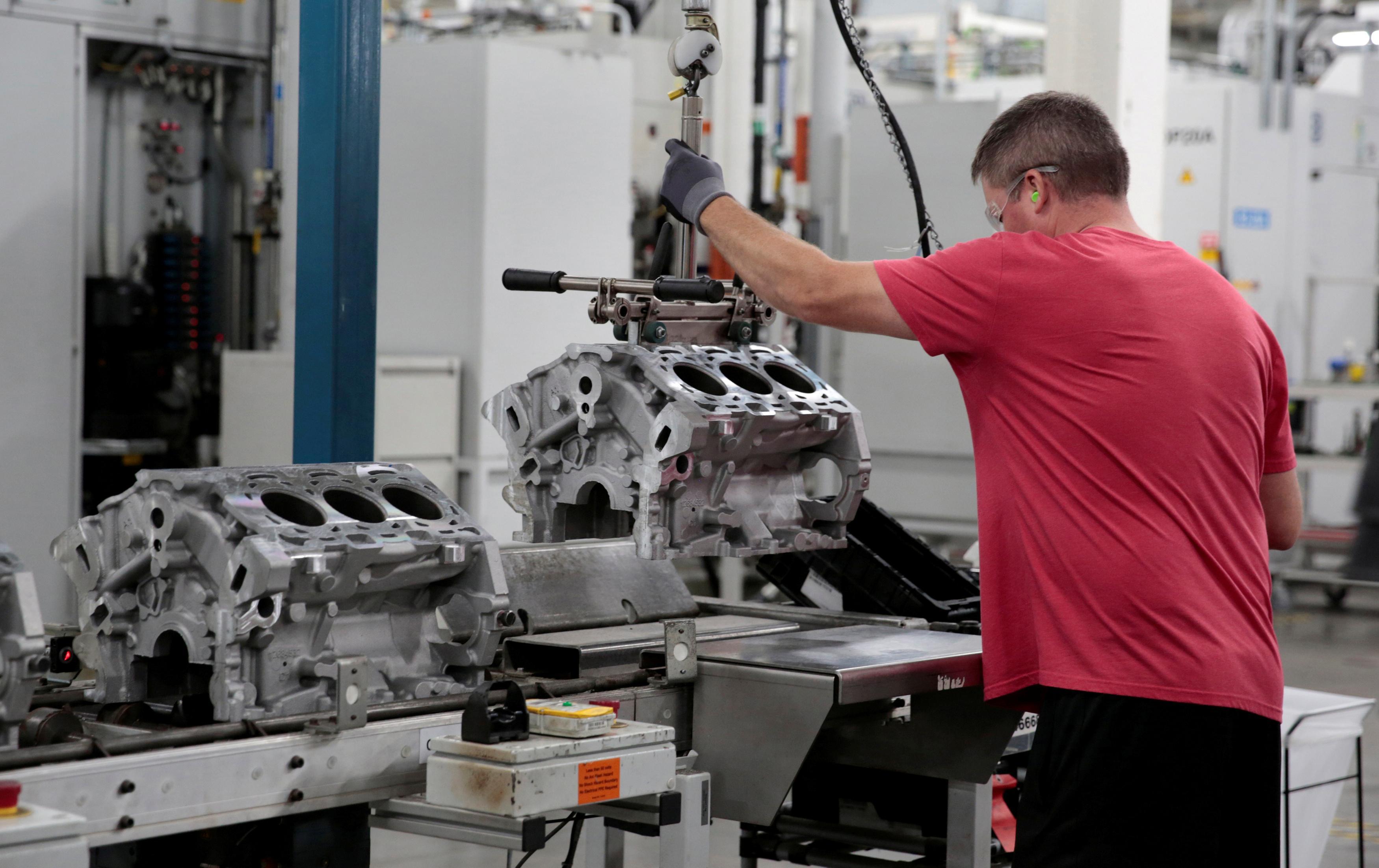 U.S. factory orders rebound in October; shipments unchanged