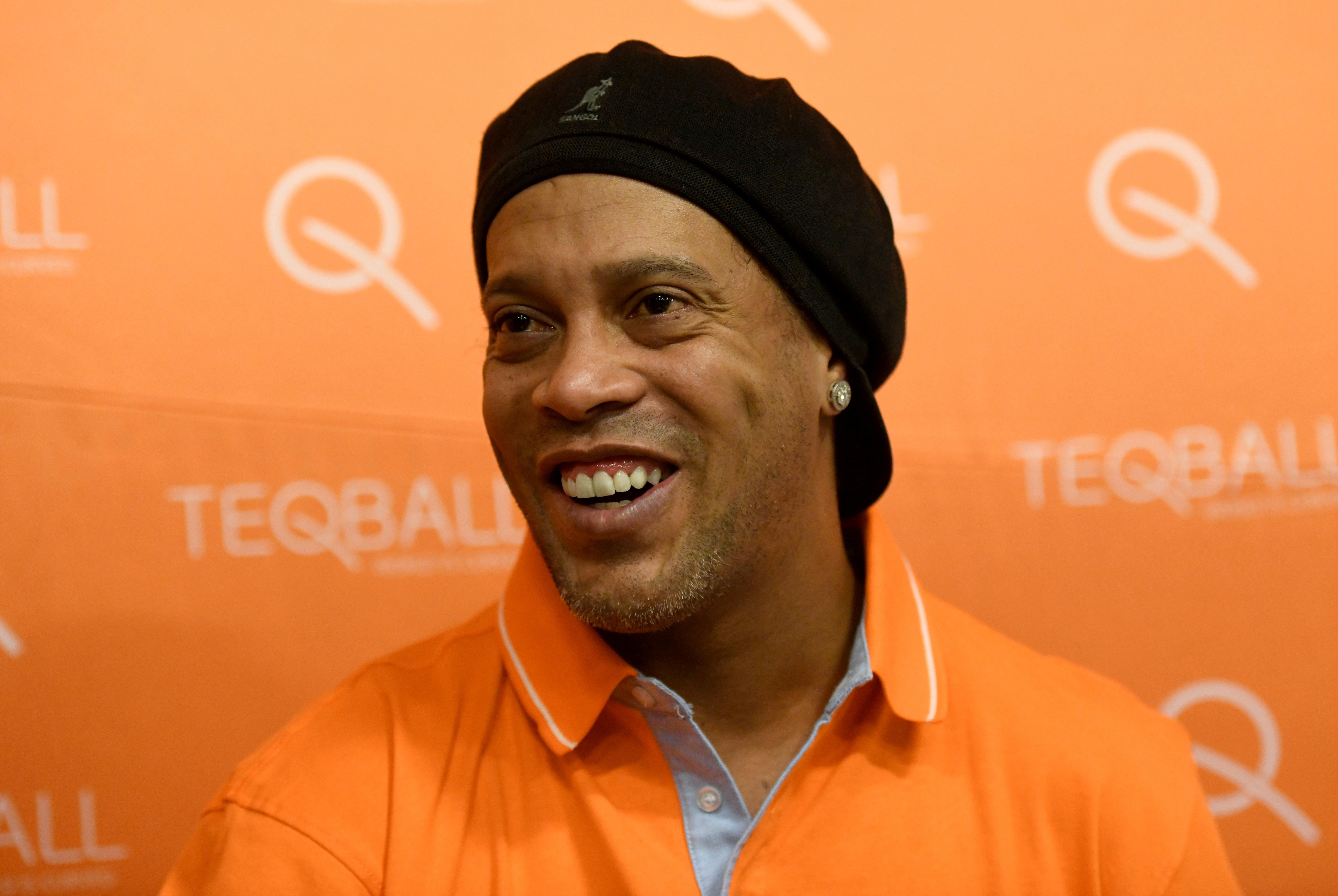 Ronaldinho says Man City ready for Champions League challenge