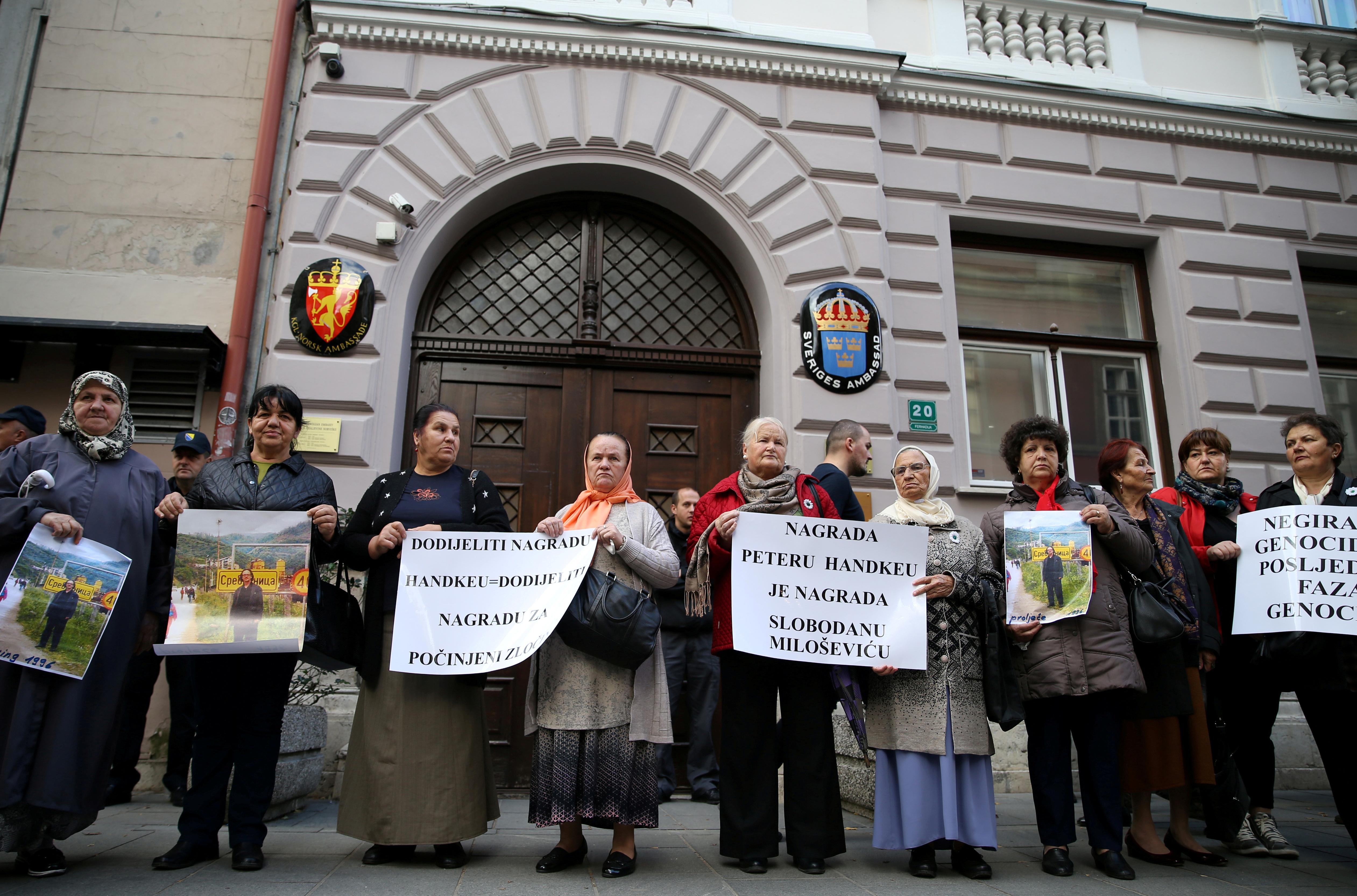 Turkey joins Nobel ceremony boycott in protest against Handke