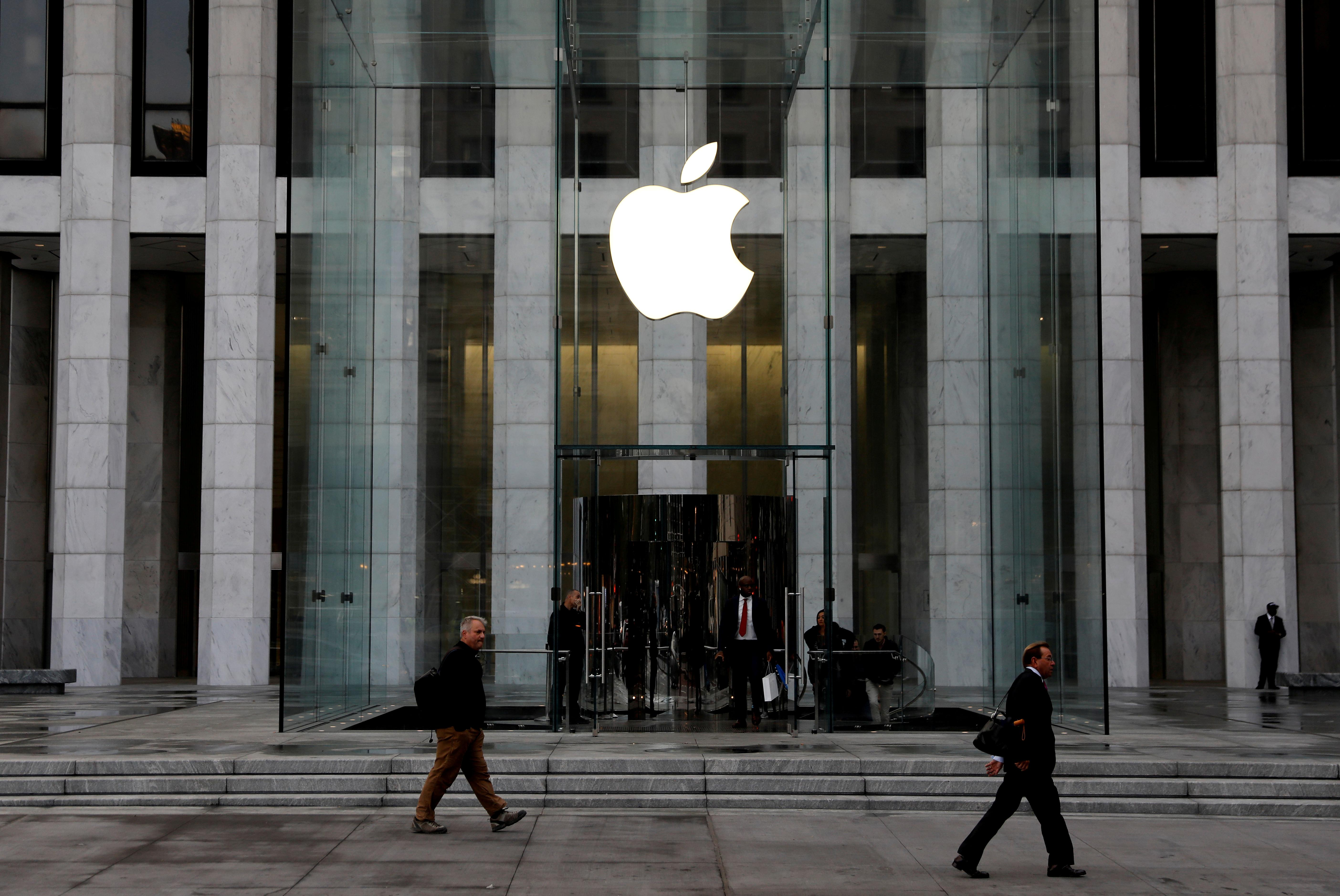 Apple has 'deep concerns' that ex-employees accused of theft will...