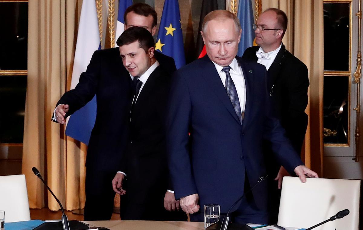 Russian TV pulls Ukrainian president's sitcom after editing out joke about Putin