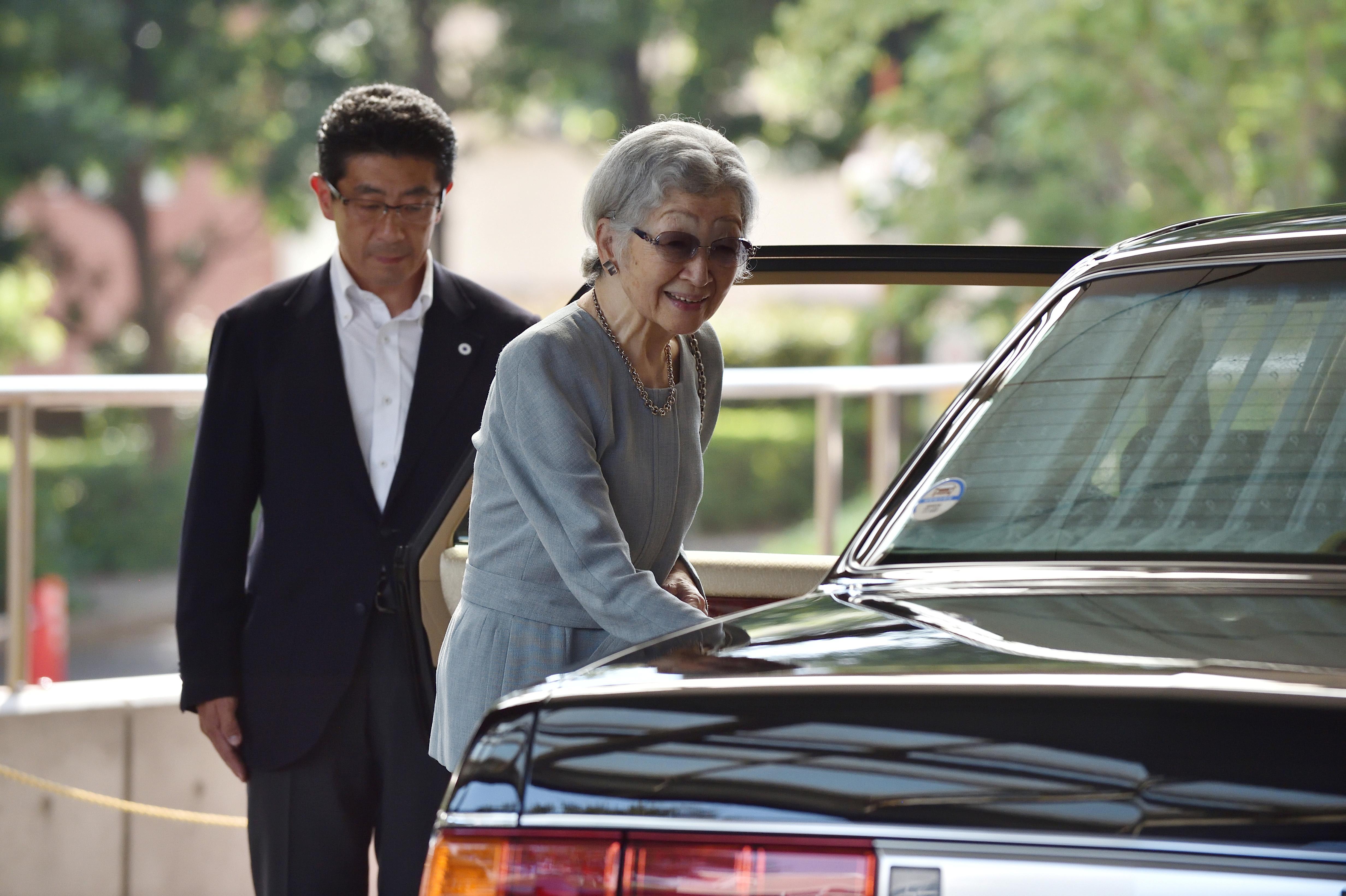 Japan's Empress Emerita Michiko losing weight, poorly since...