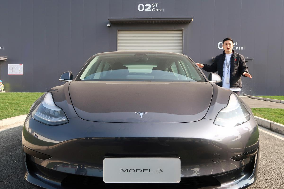 Tesla says will start delivering China-made Model 3s to public on...