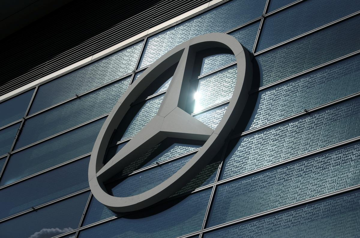 Geely, Mercedes-Benz launch $780 million JV to make electric smart-branded cars