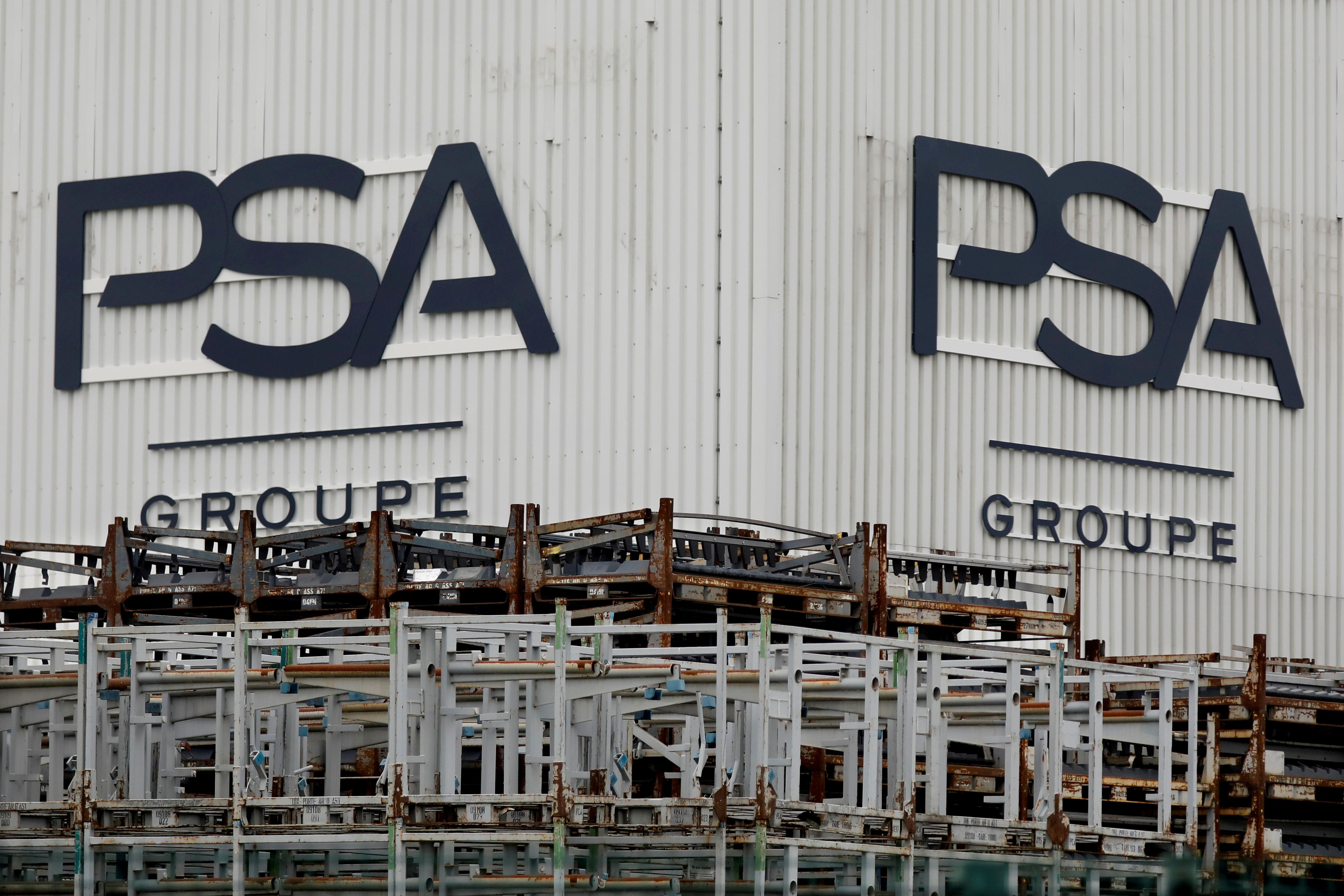 PSA names two former Renault, Nissan hires to head its DS, Citroen...