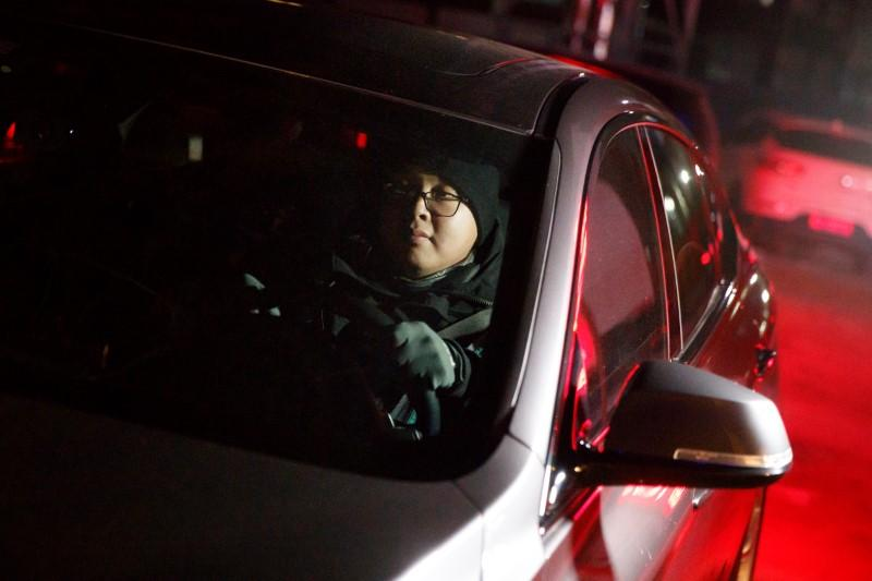 As China seeks to spark night economy, on-demand chauffeurs for...