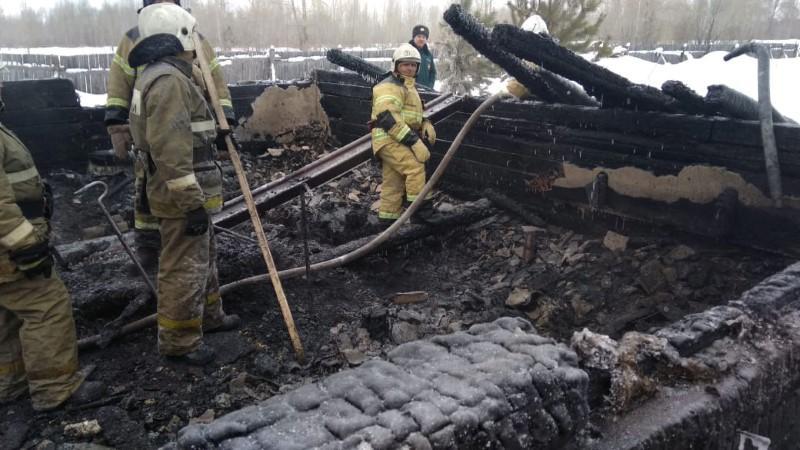Fire kills Uzbek laborers in Siberian village