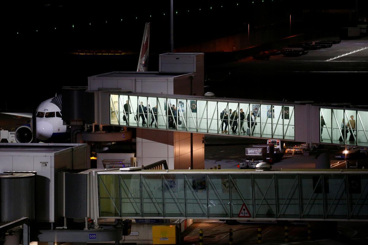 UK to tackle coronavirus threat with enhanced monitoring at Heathrow