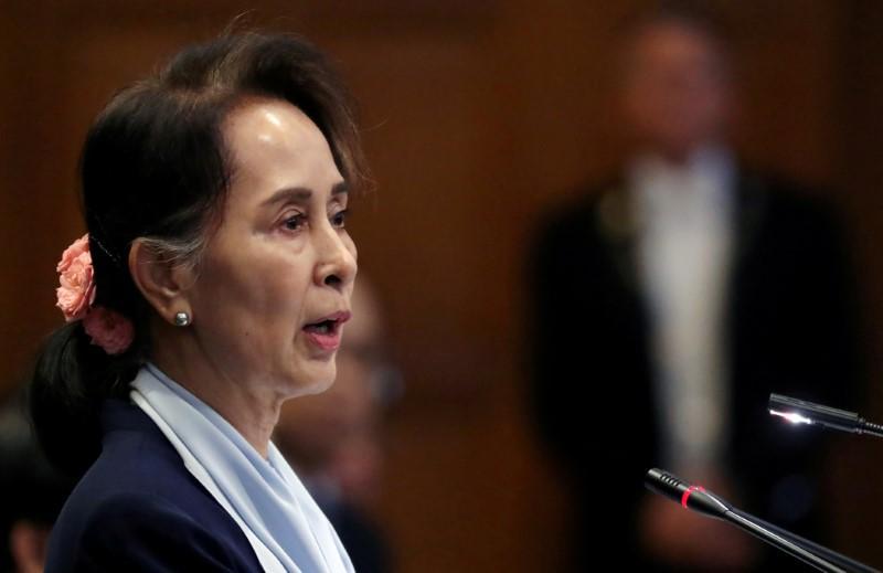 Myanmar leader Suu Kyi says Rohingya 'exaggerated' abuses - FT