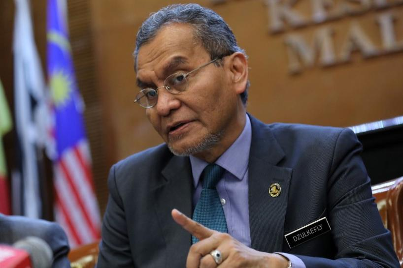 Malaysia confirms first cases of coronavirus infection