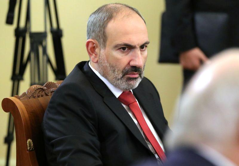 Armenian PM urges gold mine protesters to lift blockade