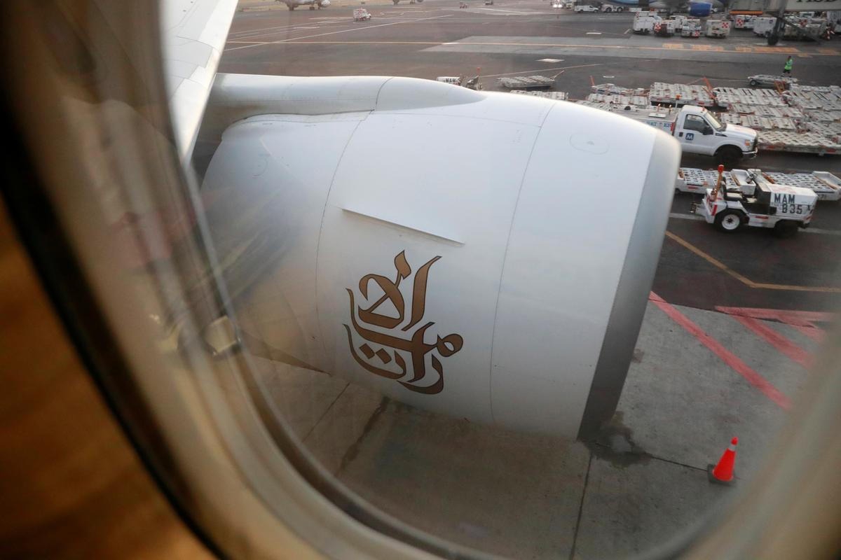 Emirates advises crew to stay in hotels, avoid crowds in China due to virus outbreak