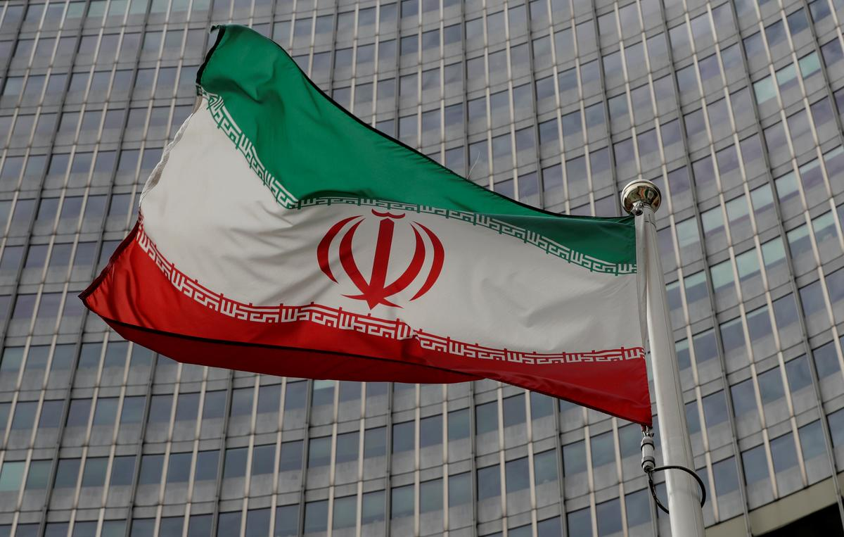 Iran prepares site for satellite launch that U.S. links to...