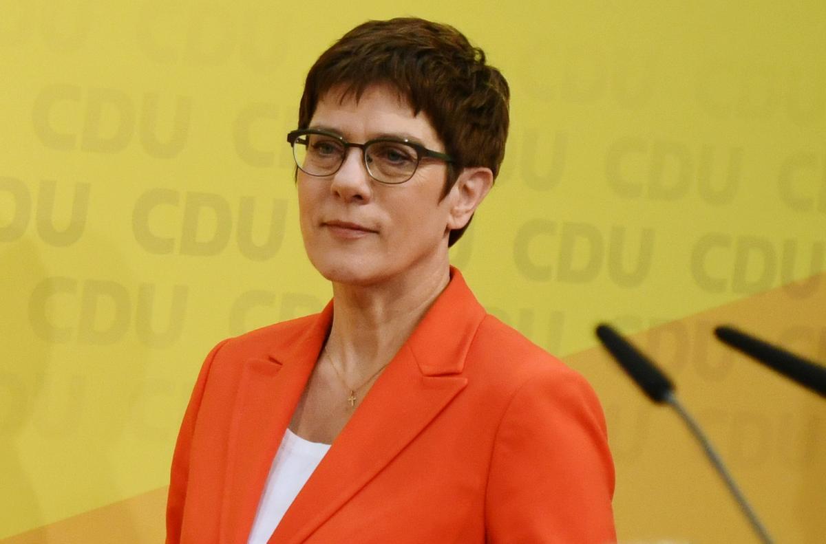 Merkel protegee Kramp-Karrenbauer won't run for chancellor: source