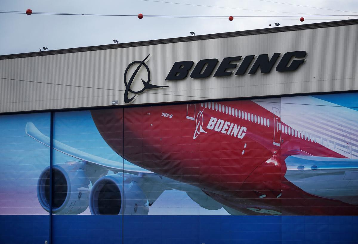 Boeing to extend labor contract with engineer's union by four years