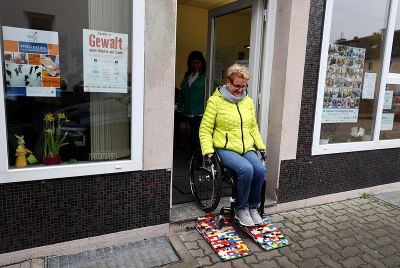 German grandma builds wheelchair ramps from Lego