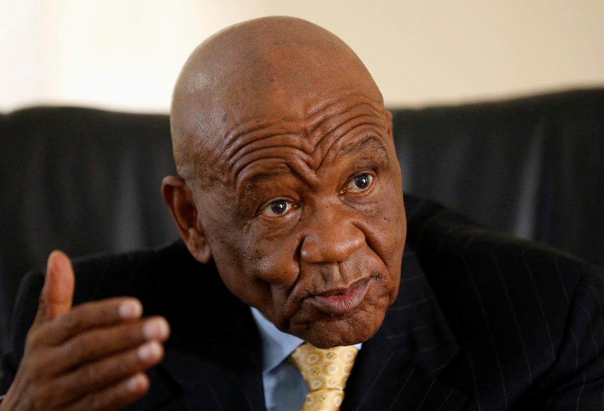 Prime minister leaves Lesotho, avoids being charged with murdering wife