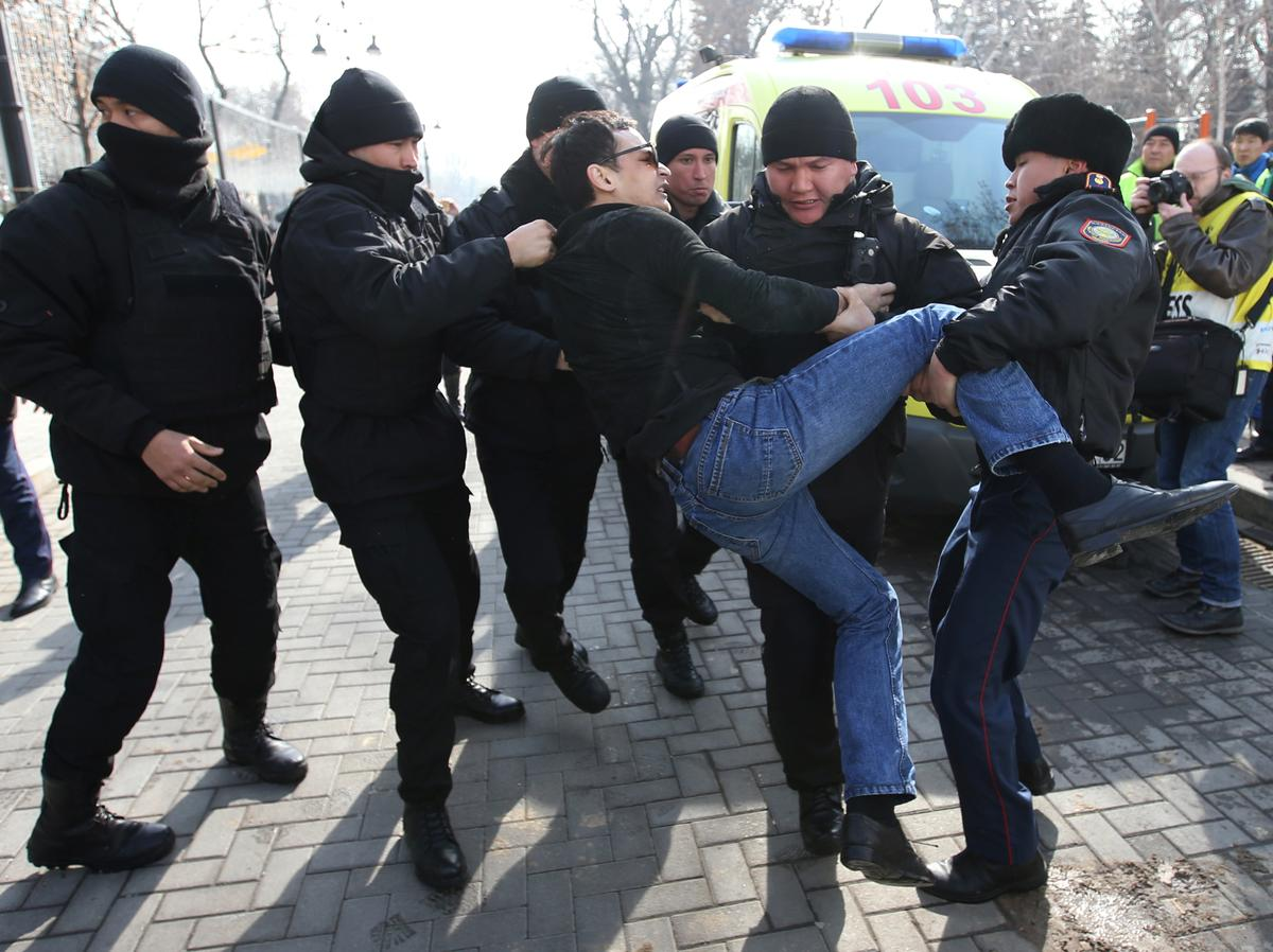 Kazakhstan detains dozens of anti-government protesters