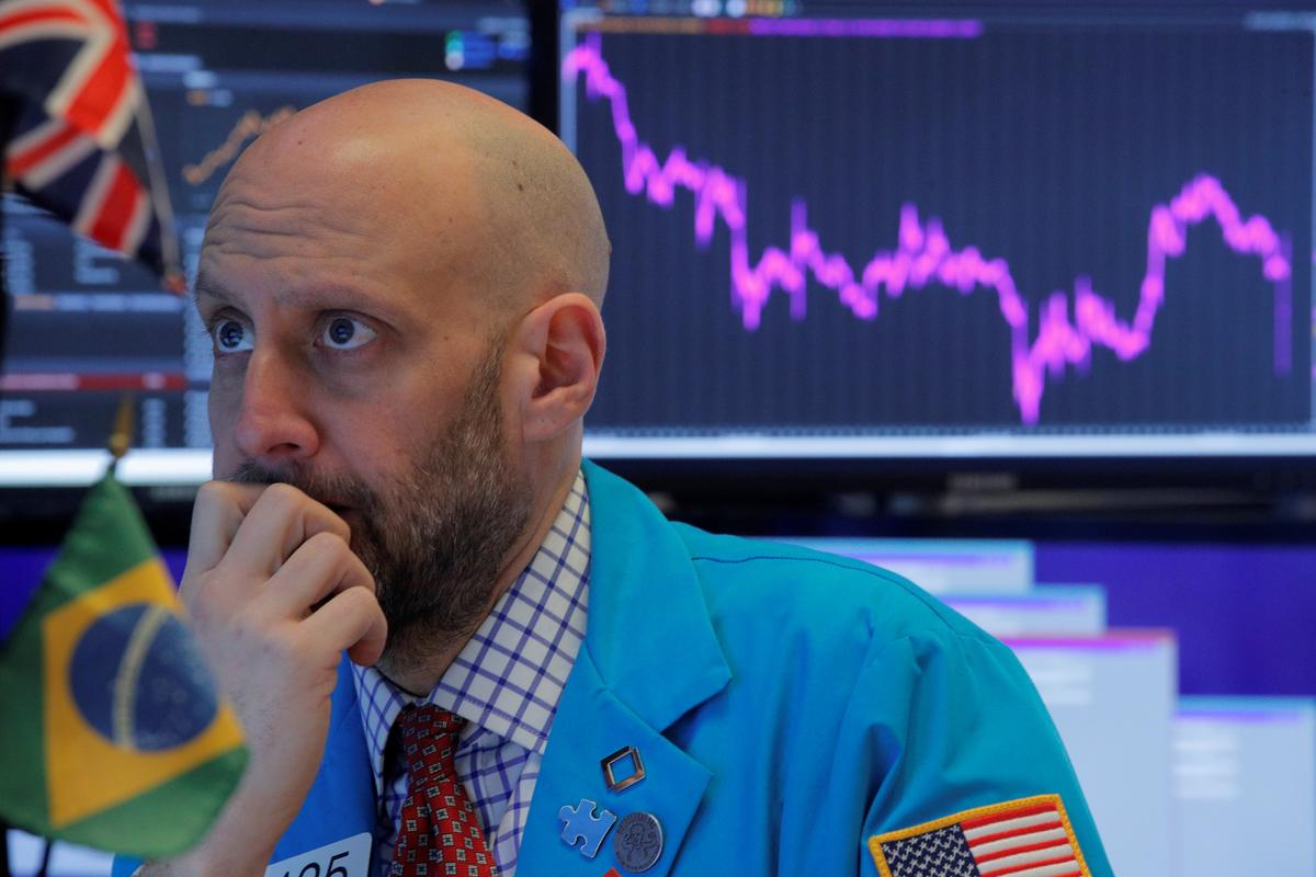 Dow sinks 1,000 points as pandemic fears rattle Wall Street