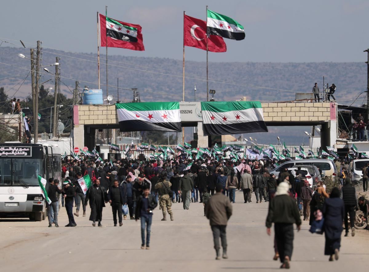 President Erdogan's options narrow as Russia presses Syrian crisis to Turkey's doorstep