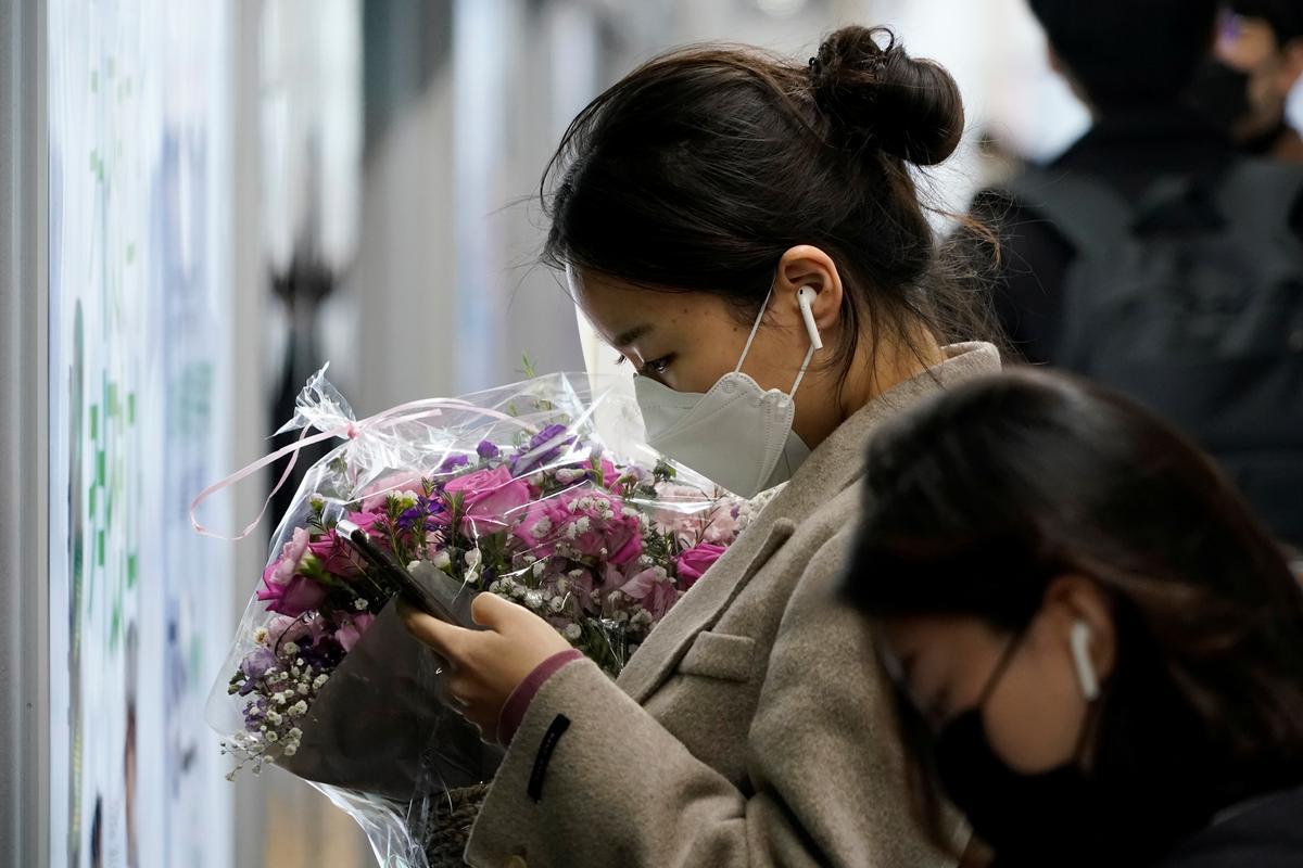 South Korea reports 476 new coronavirus cases, raising total to 4,212