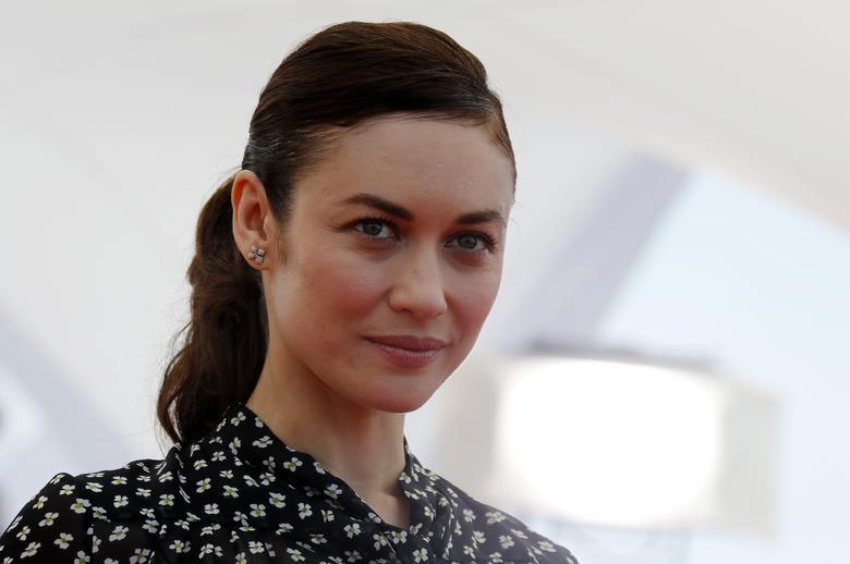 Колишня дівчина Бонда Ольга Куриленко, яка з'явилася в «Кванті милосердя» в 2008 році, заявила в неділю, що її «замкнули вдома» після позитивного результату тесту на коронавірус. REUTERS / Regis Duvignau