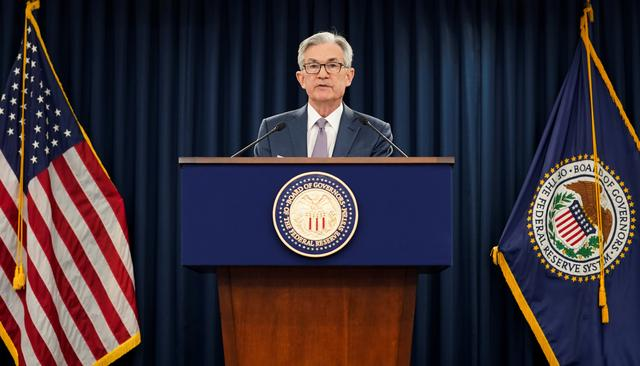 FILE PHOTO: U.S. Federal Reserve Chairman Jerome Powellspeaks to reporters afterthe Federal Reserve cut interest rates in an emergency move designed to shield the world's largest economy from the impact of the coronavirus,  in Washington, U.S., March 3, 2020. REUTERS/Kevin Lamarque/File Photo