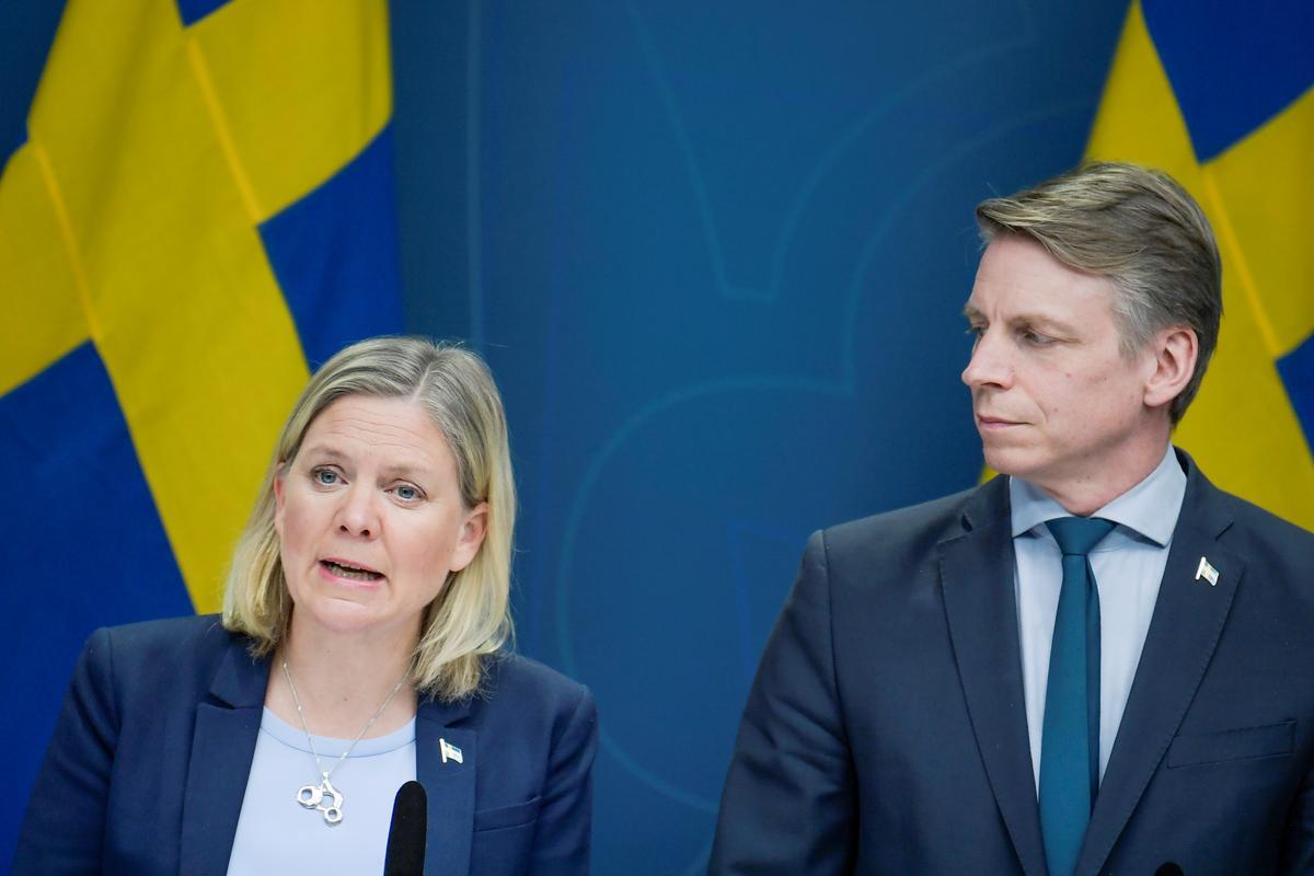 Sweden expands jobless benefits to cushion coronavirus hit