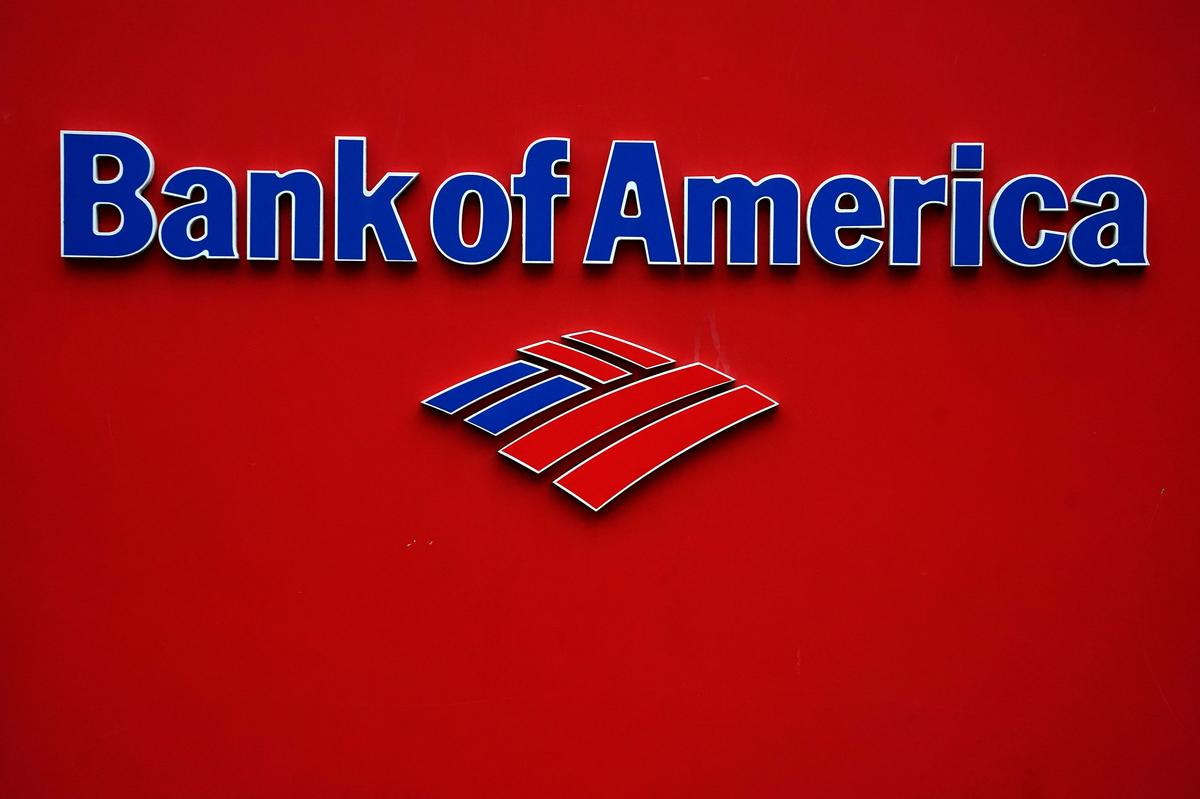 Bank of America received 10,000 applications within first hour of small-business loan program