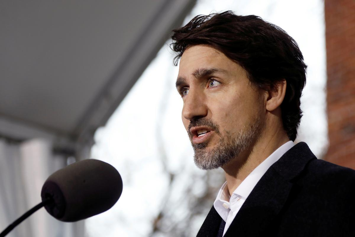 Canada PM says will not retaliate against U.S. over block of mask exports