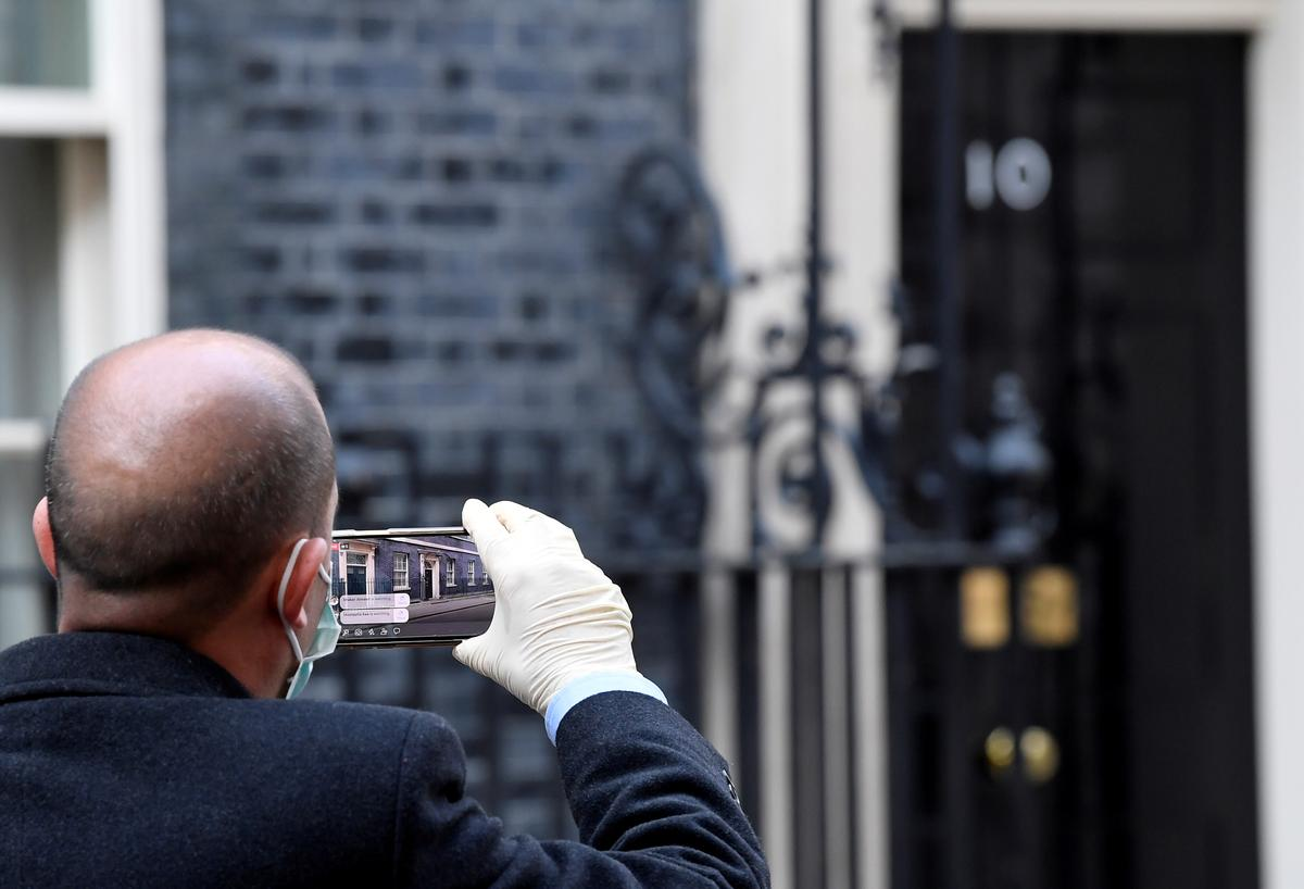 UK's plan B if 'Team Johnson' is incapacitated? Answer is unclear