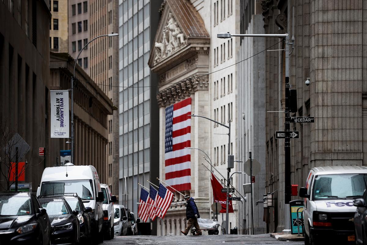 Coronavirus slowdown hopes set to boost Wall Street
