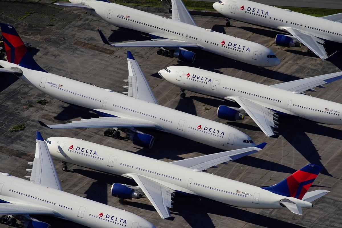 Alaska air carrier RavnAir files for bankruptcy as U.S. Treasury mulls grants