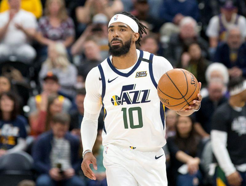 NBA-League veteran Conley rides out lockdown with 'HORSE'