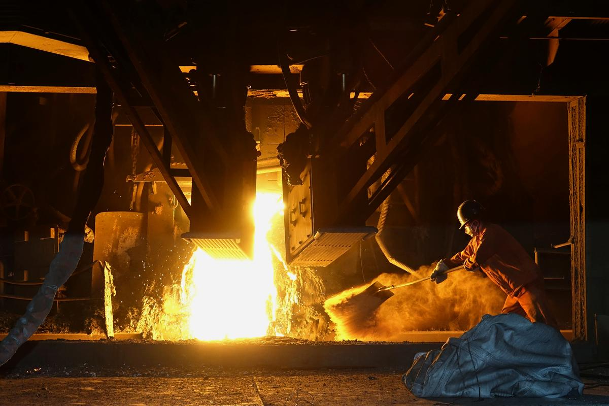 China March industrial output falls 1.1% year-on-year, better than forecast; first-quarter investment slides 16.1%