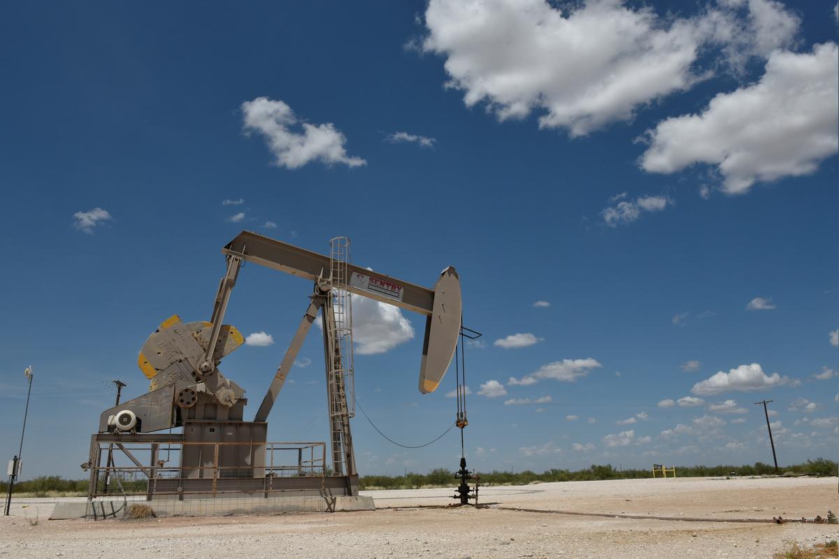 Why Brent oil won't follow U.S. WTI futures below zero