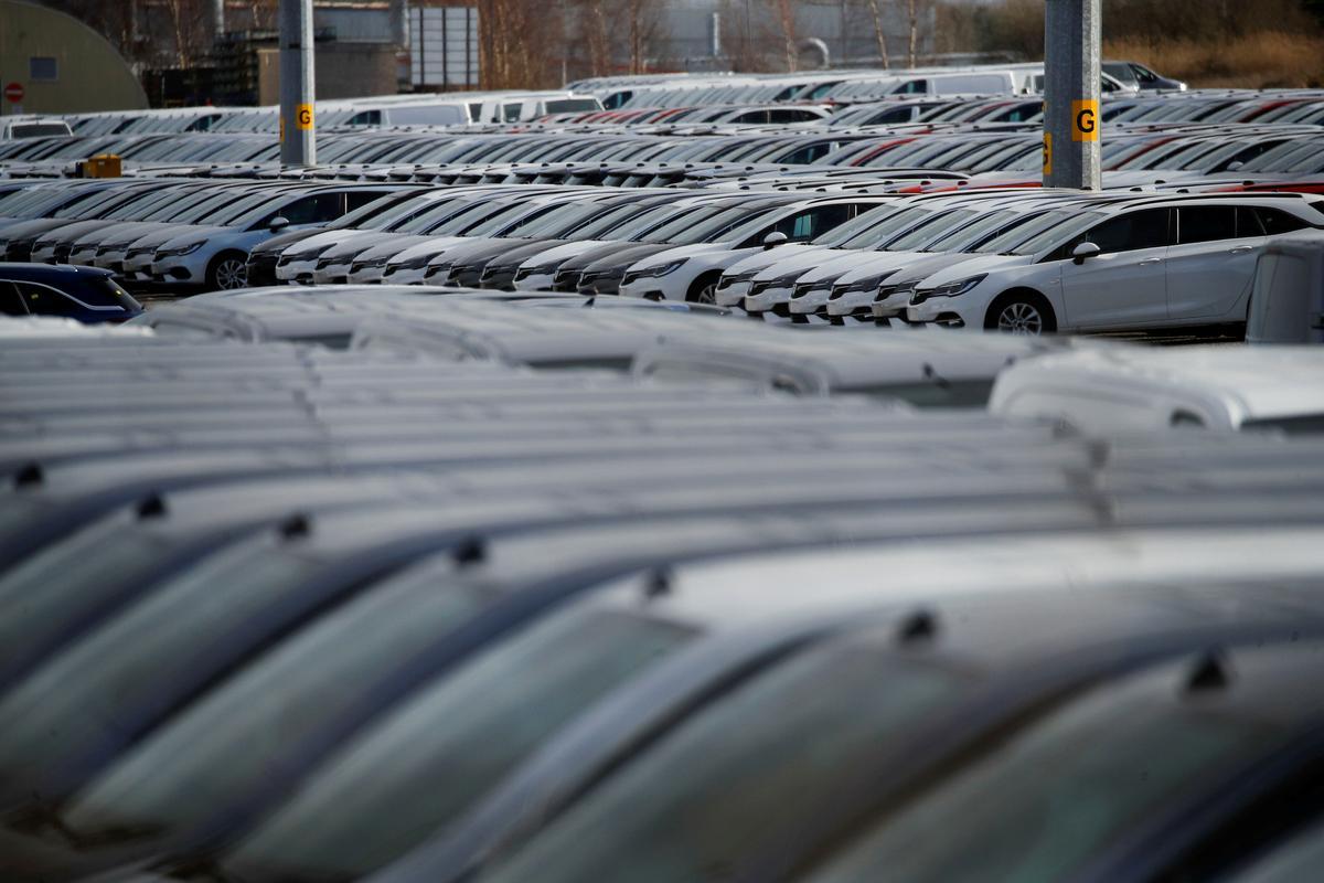 IHS slashes 2020 global light vehicle sales outlook on coronavirus hit