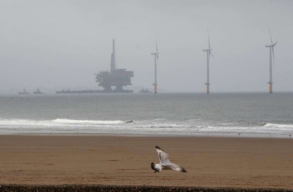 Photo of 北海ブレント先物が大幅安、原油市場巡る混乱収まらず | ロイター (Reuters Japan)