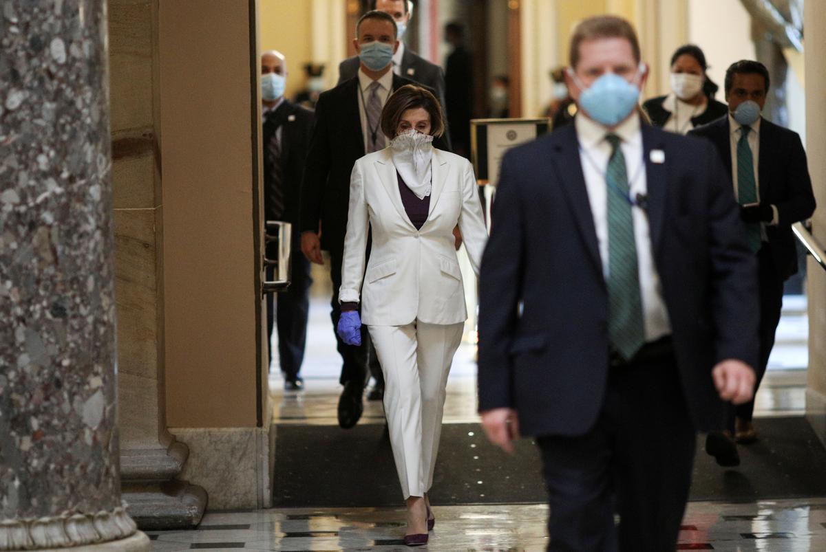 U.S. House prepares to pass $500 billion coronavirus bill, approves oversight panel