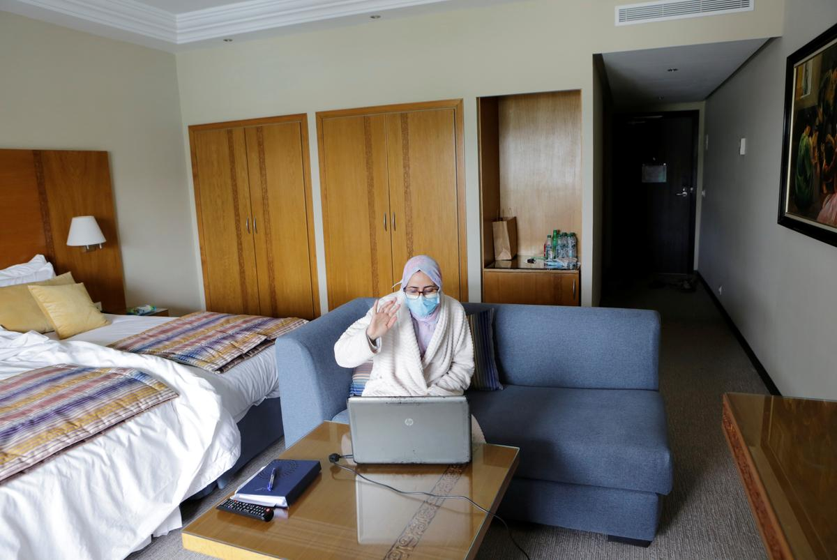 Photo of Moroccan medics isolated from families have lonely Ramadan | Reuters India