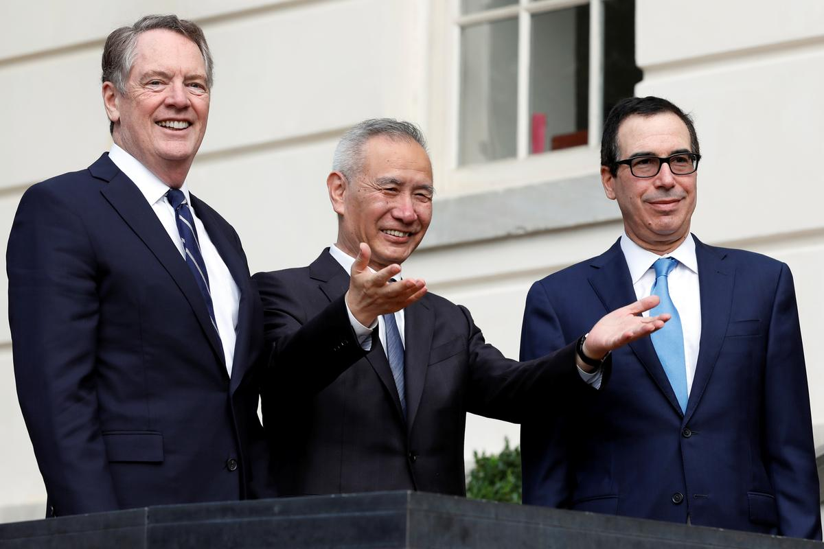 Top U.S., China trade officials agree to strengthen cooperation
