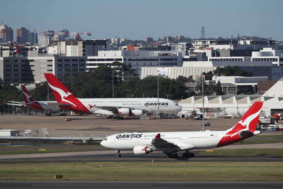 Qantas pauses plane deliveries from Airbus, Boeing due to virus