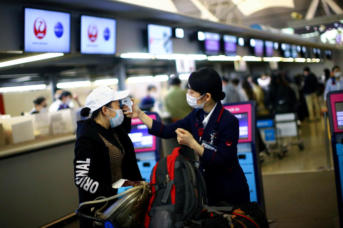 Contact tracing, temperature checks and masks: airline industry outlines new norms