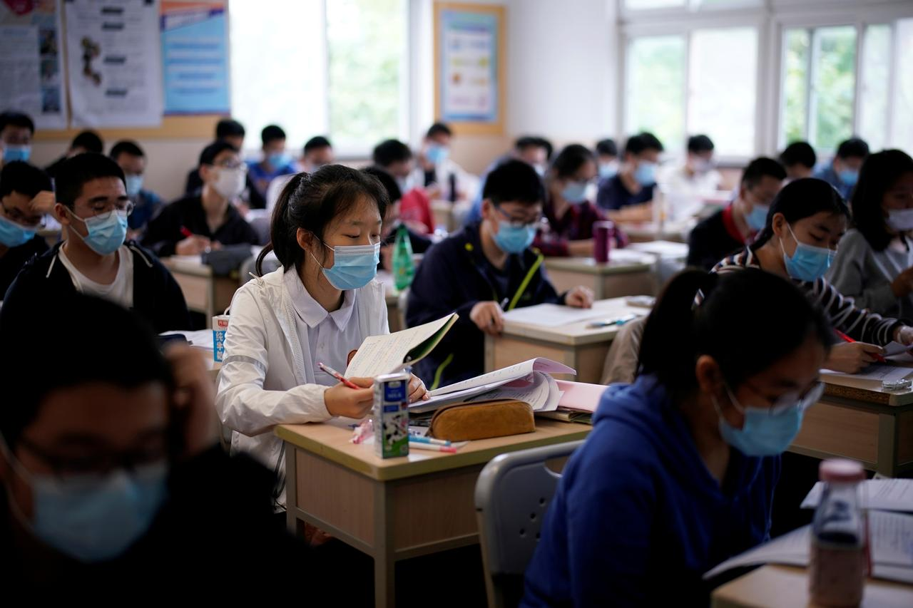 Lessons From Around The World How Schools Are Opening Up After Covid 19 Lockdowns Reuters