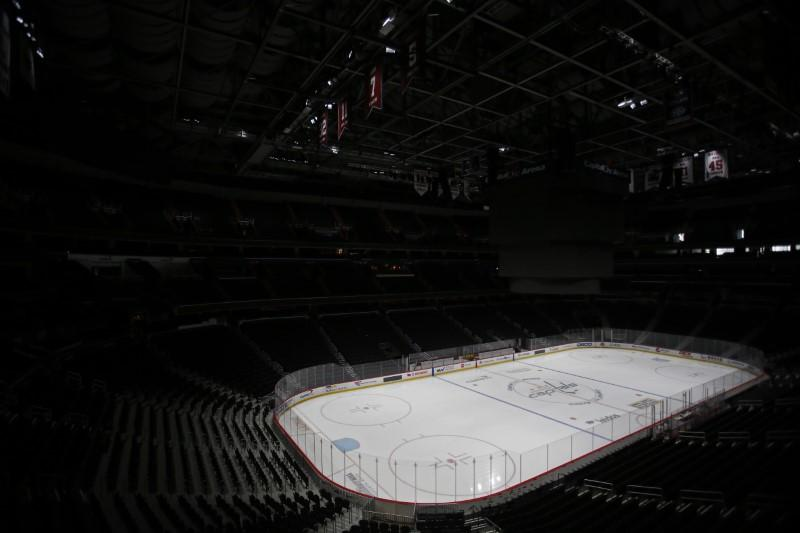 NHL mulls return with 24-team playoffs