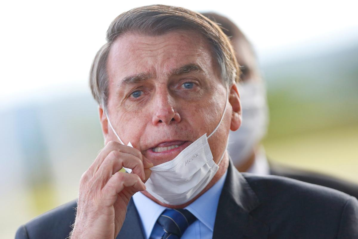 Bolsonaro will 'soon' sign coronavirus aid deal but wants public pay freeze
