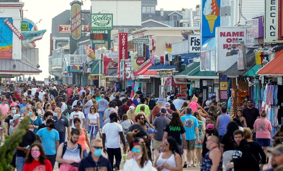 Beaches And Parks As Virus Toll