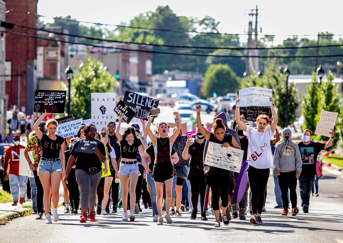 Protests against police violence sweep across small-town America