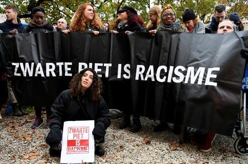 Ban 'racist Black Pete' Jesse Jackson writes Dutch PM Rutte