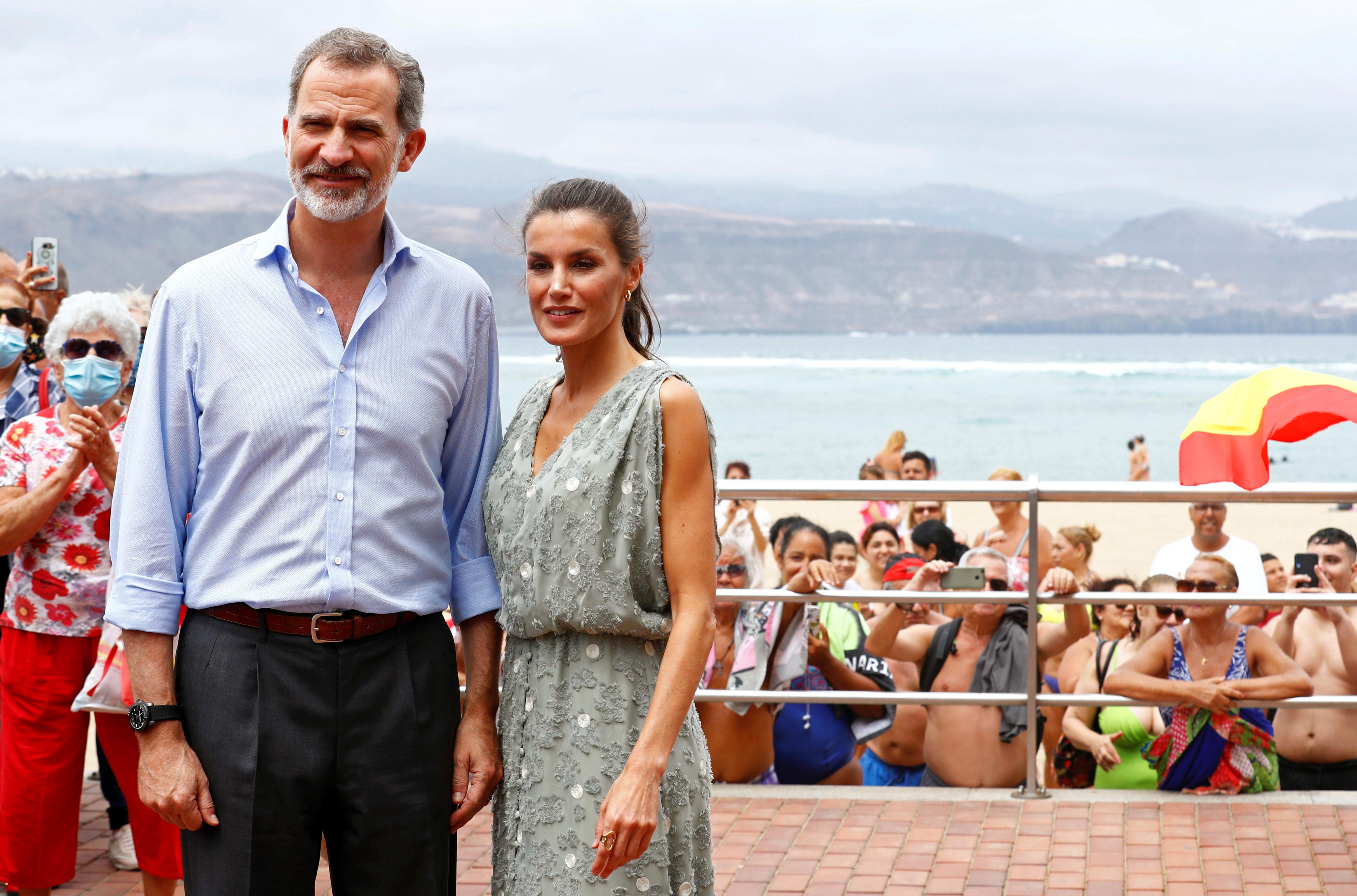From Canary Islands, royals push to save tourism in Spain